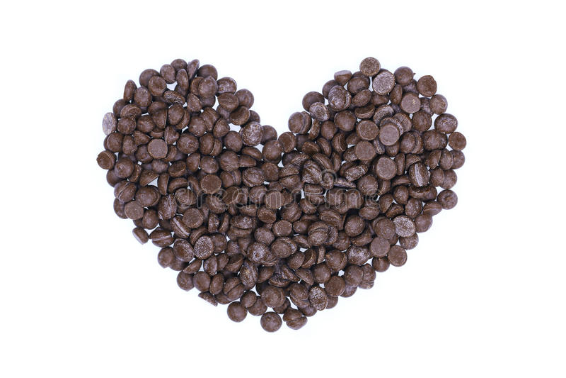 διαμορφωμένα καρδιά τσιπ σοκολάτας που απομονώνονται στο λευκό στοκ φωτογραφία με δικαίωμα ελεύθερης χρήσης