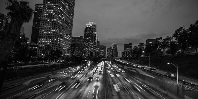 20 ΙΑΝΟΥΑΡΊΟΥ 2019, ΛΟΣ ΑΝΤΖΕΛΕΣ, ασβέστιο, ΗΠΑ - Καλιφόρνια 110 νότος οδηγεί στο στο κέντρο της πόλης Λος Άντζελες με τα ραβδωμέ στοκ φωτογραφίες με δικαίωμα ελεύθερης χρήσης