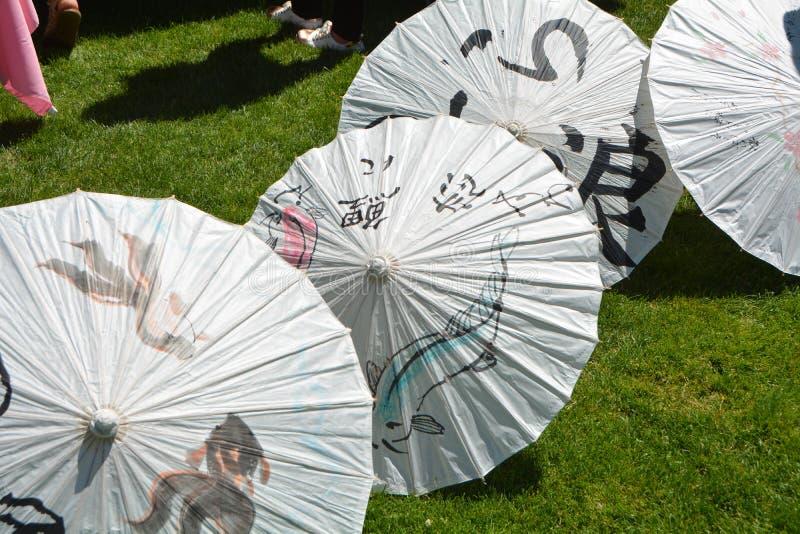 Ιαπωνικά σχέδια ομπρελών W εγγράφου στο Σάλεμ, Όρεγκον στοκ εικόνες