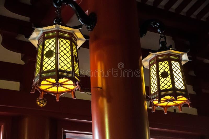 Ιαπωνικά φανάρια στη λάρνακα Senso-senso-ji στοκ εικόνα με δικαίωμα ελεύθερης χρήσης