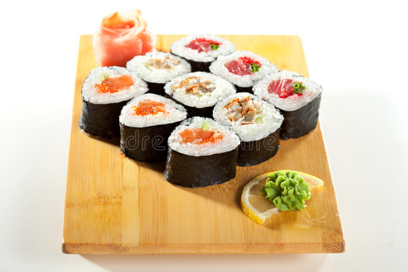 Ιαπωνική κουζίνα - σούσια στοκ εικόνες