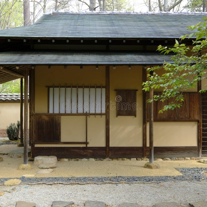 Ιαπωνική περιοχή σπιτιών και κήπων τσαγιού στοκ εικόνες