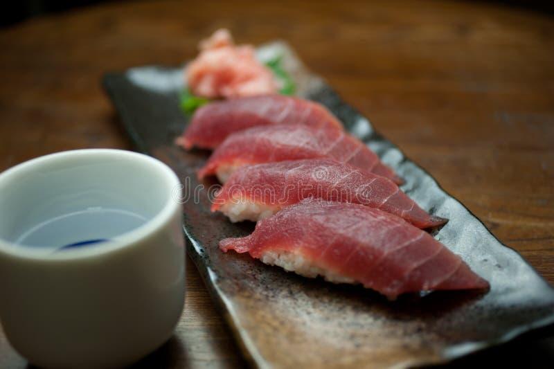 ιαπωνικός τόνος σουσιών χάρης κουζίνας στοκ φωτογραφία