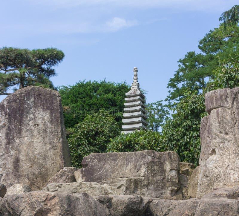 ιαπωνικό γλυπτό κήπων στοκ φωτογραφία με δικαίωμα ελεύθερης χρήσης