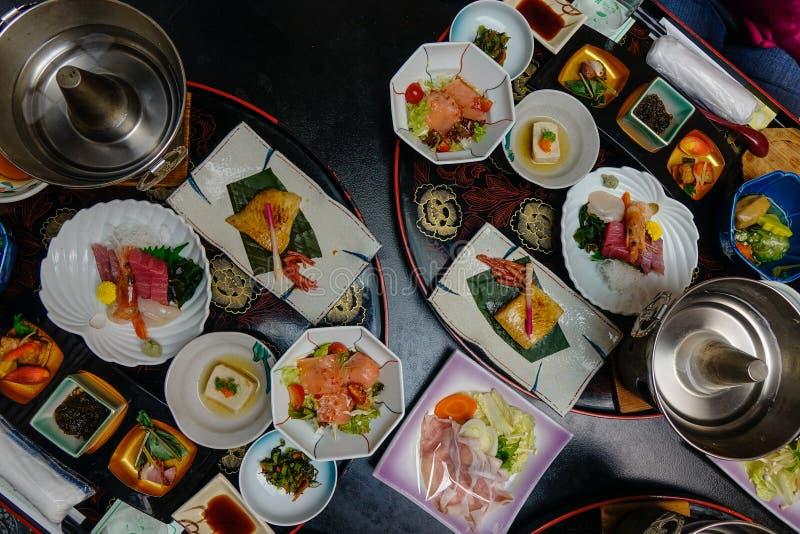 Ιαπωνικό παραδοσιακό καθορισμένο γεύμα για το γεύμα στοκ φωτογραφίες με δικαίωμα ελεύθερης χρήσης