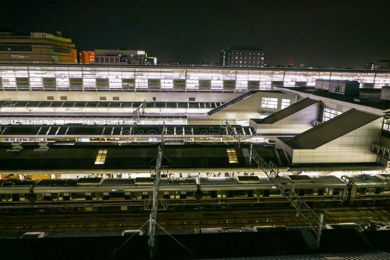 Ιαπωνικό τερματικό τραίνων στο σιδηροδρομικό σταθμό του Κιότο JR στοκ φωτογραφία με δικαίωμα ελεύθερης χρήσης