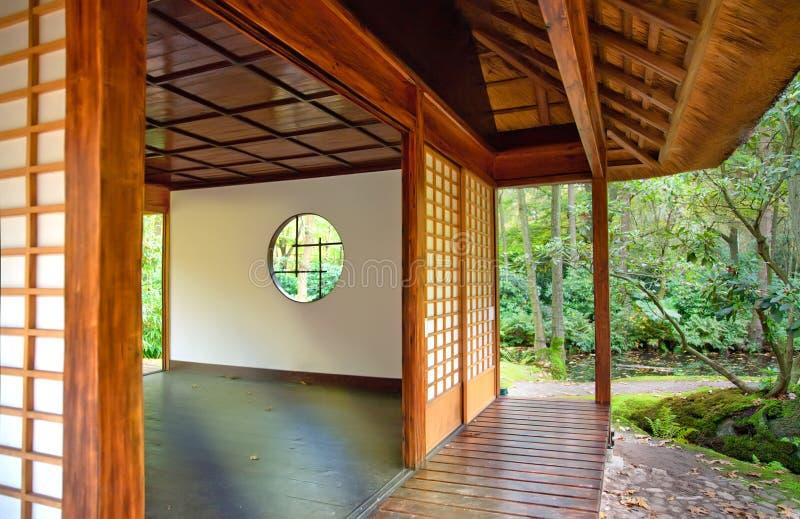 ιαπωνικό τσάι πάρκων σπιτιών στοκ εικόνες