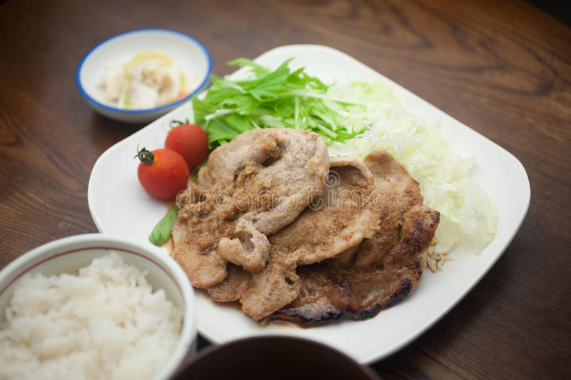 Ιαπωνικό χοιρινό κρέας Shogayaki κουζίνας στοκ εικόνες με δικαίωμα ελεύθερης χρήσης