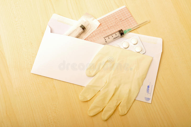 ιατρικά εφόδια φακέλων στοκ εικόνα με δικαίωμα ελεύθερης χρήσης