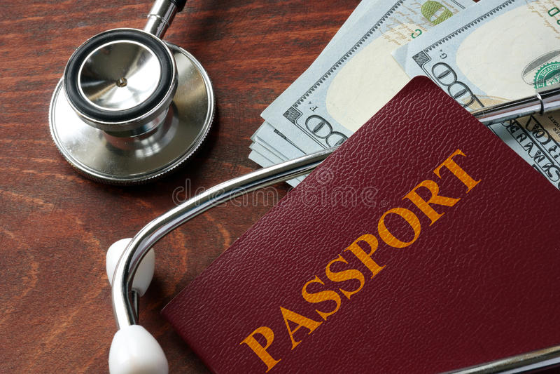 Ιατρική έννοια τουρισμού στοκ εικόνες