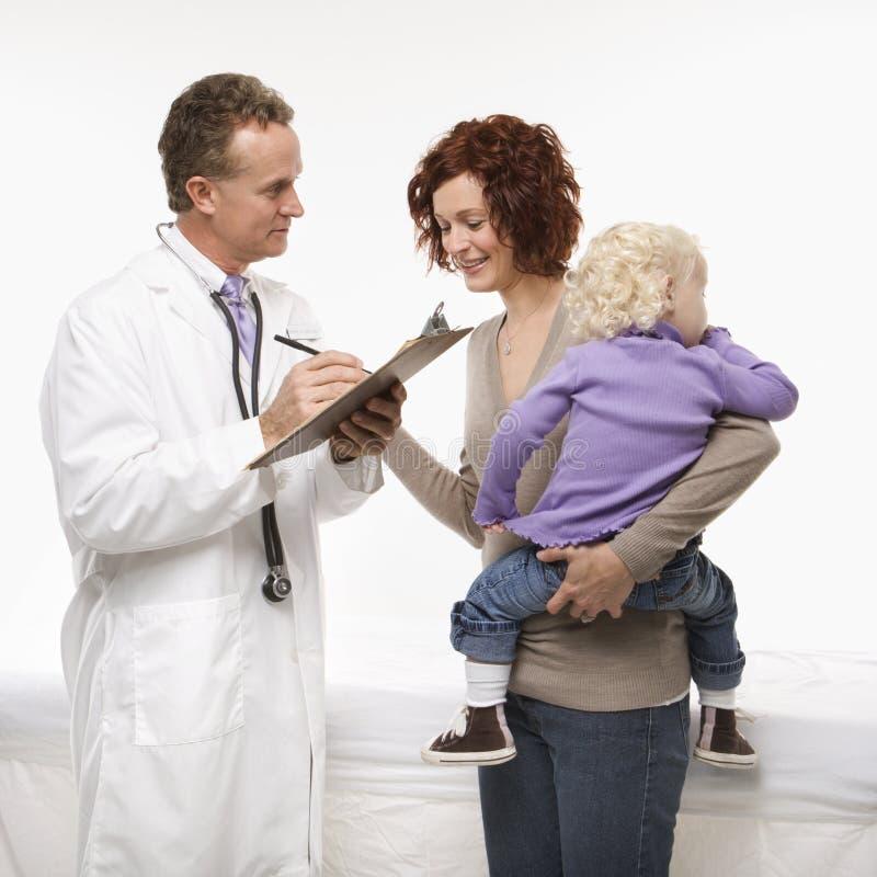 ιατρική λήψη ιστορίας γιατρών στοκ φωτογραφία με δικαίωμα ελεύθερης χρήσης