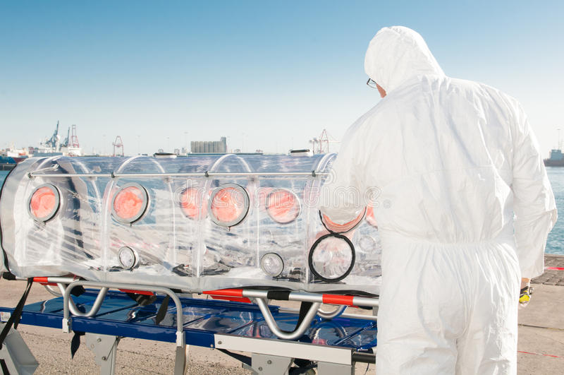 Ιατρικός εξοπλισμός για την πανδημία ebola ή ιών στοκ εικόνα
