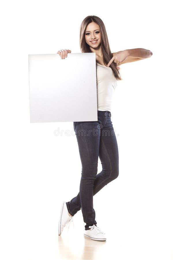 διαφημιστικό κορίτσι στοκ εικόνες με δικαίωμα ελεύθερης χρήσης