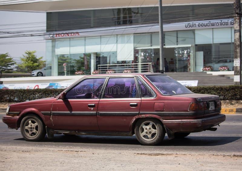 Ιδιωτικό παλαιό αυτοκίνητο, κορώνα της Toyota στοκ εικόνες με δικαίωμα ελεύθερης χρήσης