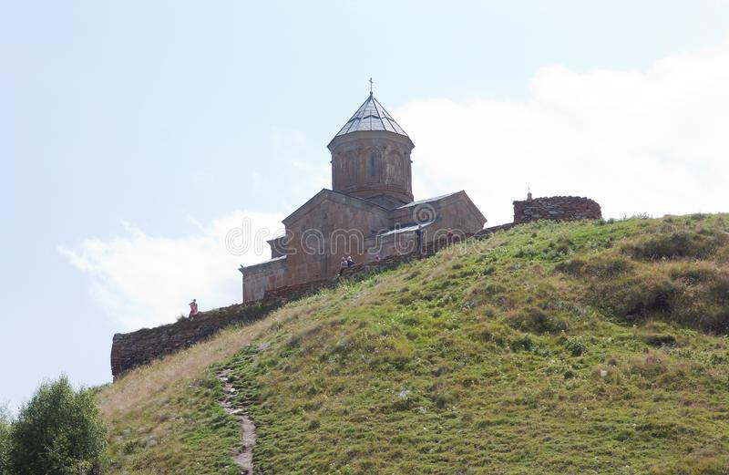 Ιερή εκκλησία τριάδας Sameba- Tsminda στοκ φωτογραφία με δικαίωμα ελεύθερης χρήσης