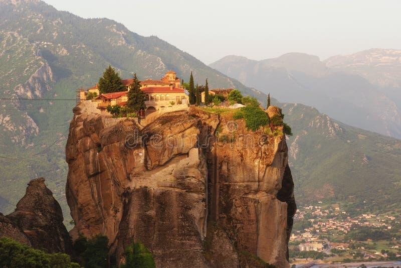 Ιερή τριάδα μοναστηριών, Meteora, Ελλάδα Περιοχή παγκόσμιων κληρονομιών της ΟΥΝΕΣΚΟ στοκ εικόνες