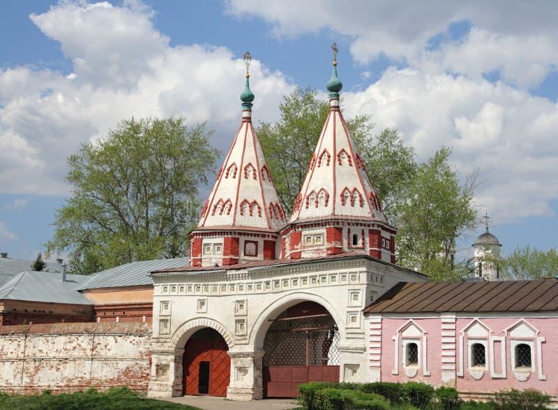 ιερός suzdal πυλών στοκ φωτογραφία με δικαίωμα ελεύθερης χρήσης