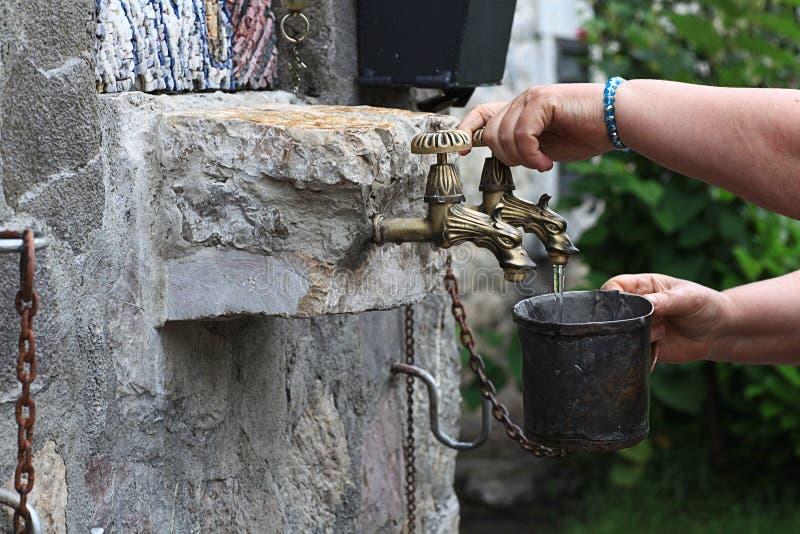 Ιερό νερό στο ναό στοκ φωτογραφία με δικαίωμα ελεύθερης χρήσης