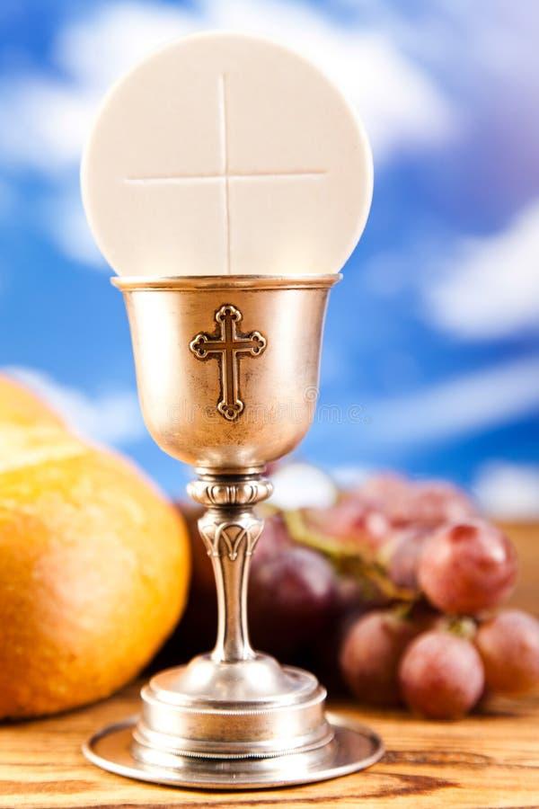 Ιερό ψωμί κοινωνίας, κρασί στοκ φωτογραφία με δικαίωμα ελεύθερης χρήσης