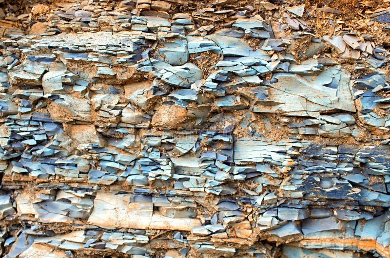 Ιζηματώδεις βράχοι Carpathians Ουκρανία στοκ φωτογραφία με δικαίωμα ελεύθερης χρήσης