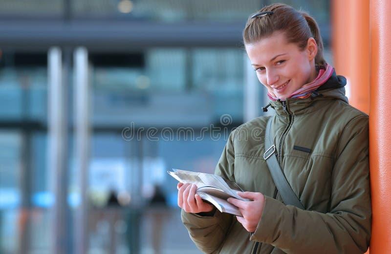 ΙΙ διαβάζοντας στοκ εικόνα με δικαίωμα ελεύθερης χρήσης