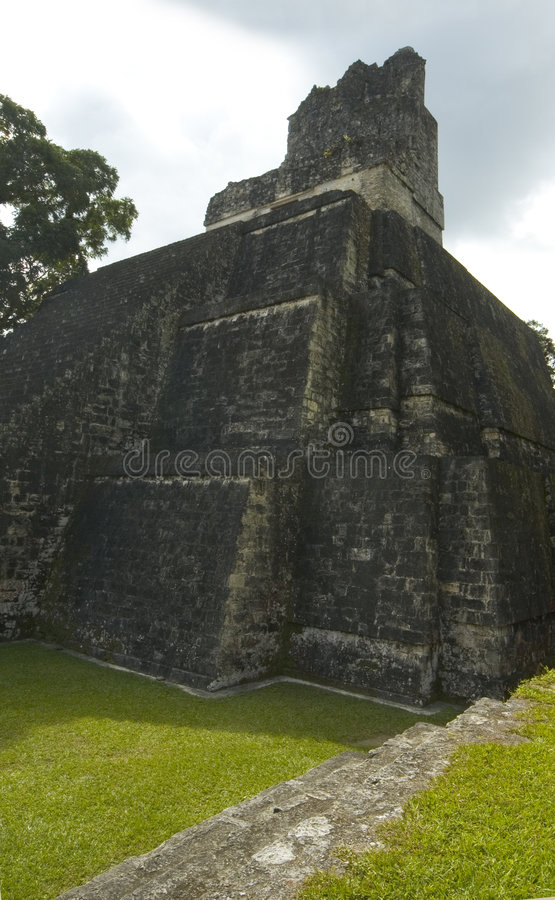 ΙΙ ναός tikal στοκ φωτογραφία με δικαίωμα ελεύθερης χρήσης