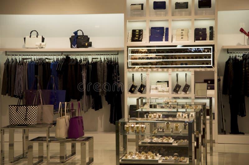 Ιματισμός και κατάστημα εξαρτημάτων στοκ φωτογραφίες