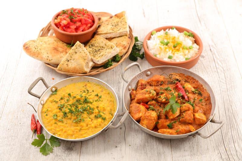 Ινδικά κάρρυ και πιάτο στοκ φωτογραφίες με δικαίωμα ελεύθερης χρήσης