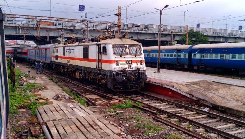 Ινδικός ισχυρότερος επιβάτης κινητήριο WAP 7 σιδηροδρόμων στοκ φωτογραφίες με δικαίωμα ελεύθερης χρήσης