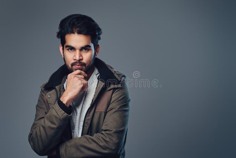 Ινδικό αρσενικό σε ένα σακάκι στοκ φωτογραφίες με δικαίωμα ελεύθερης χρήσης
