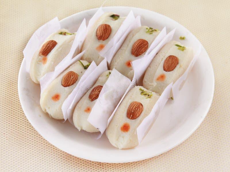 Ινδικό βεγγαλικό γλυκό Badam Cham Cham στοκ φωτογραφίες με δικαίωμα ελεύθερης χρήσης