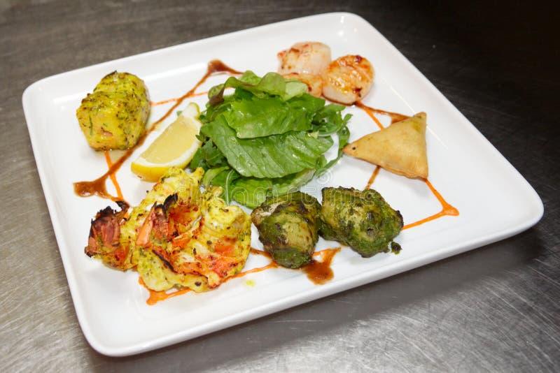 ινδικό tandoori ύφους τροφίμων στοκ εικόνες