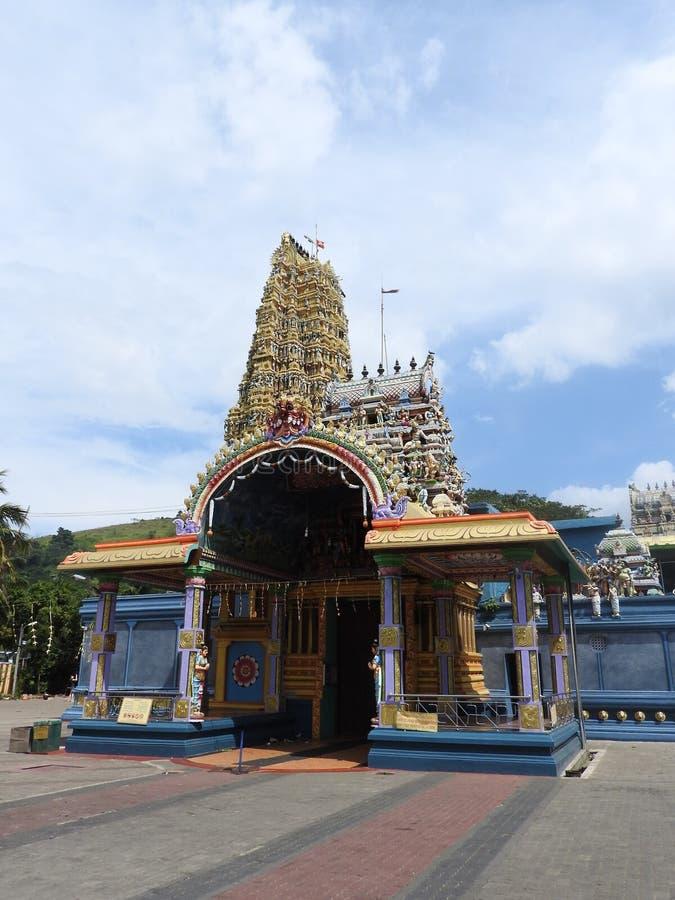 Ινδός ναός Muthumariamman Thevasthanam και οι λεπτομέρειές του στο νησί της Σρι Λάνκα στοκ εικόνα