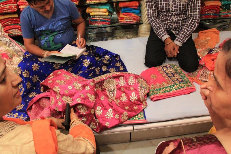 Ινδική επιχείρηση υφάσματος στοκ φωτογραφίες