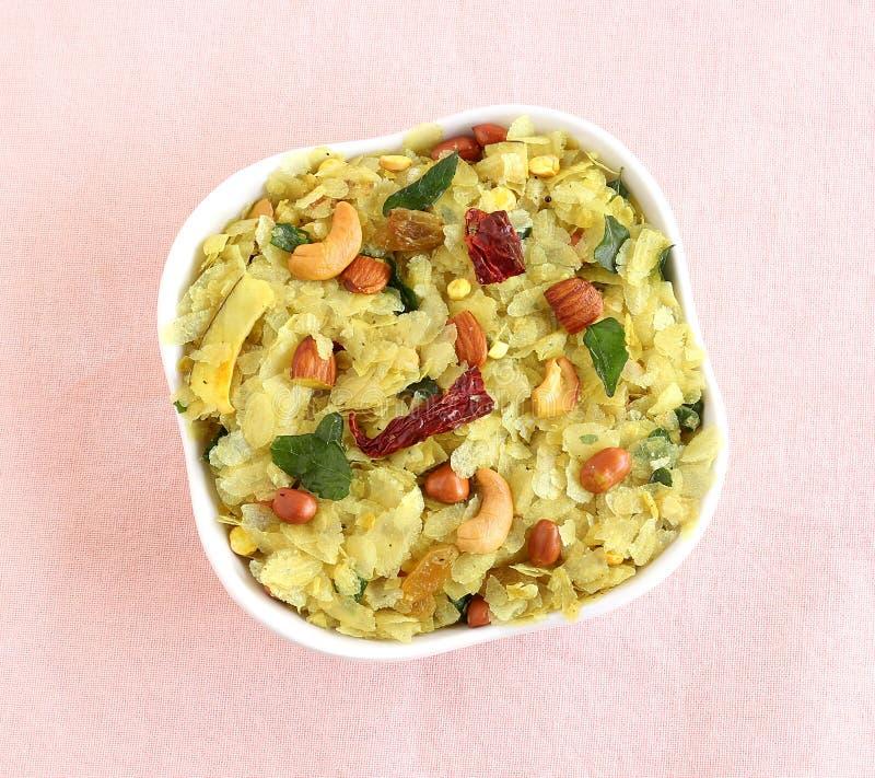 Ινδικό πρόχειρο φαγητό Poha Chivda στοκ εικόνες