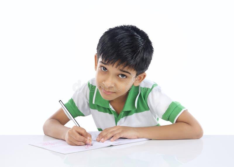 Ινδικό σχολικό αγόρι στοκ εικόνα
