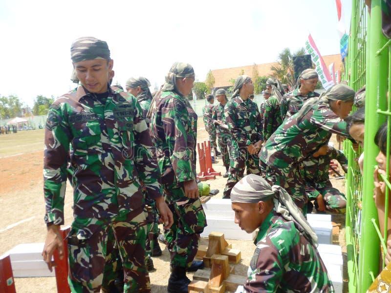 Ινδονησιακή έλξη στρατιωτών στοκ εικόνα