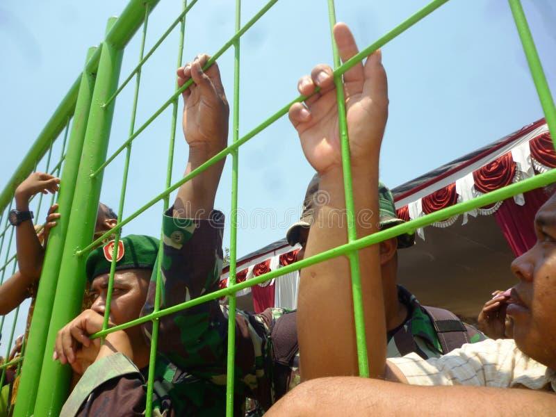 Ινδονησιακή έλξη στρατιωτών στοκ φωτογραφίες
