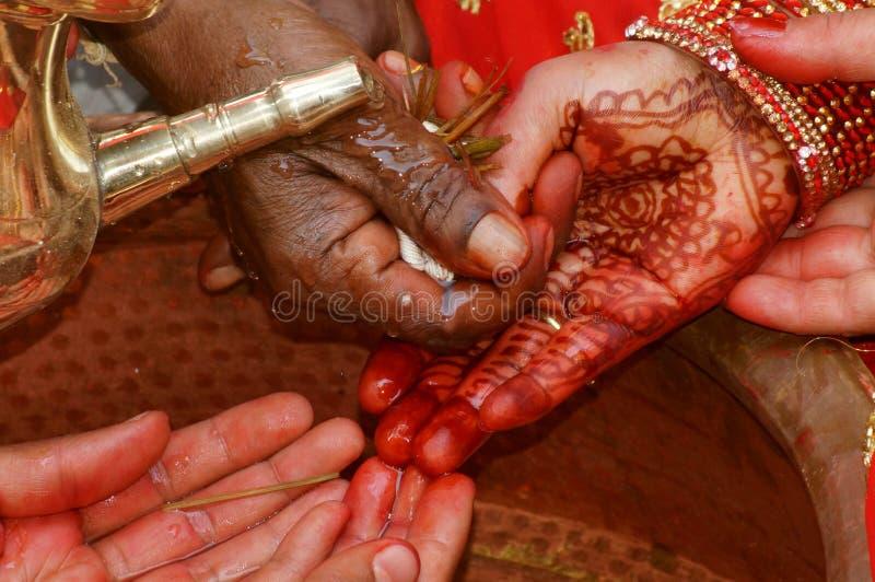 Ινδός γάμος τελετουργικό ` Kanyadan ` στοκ εικόνες