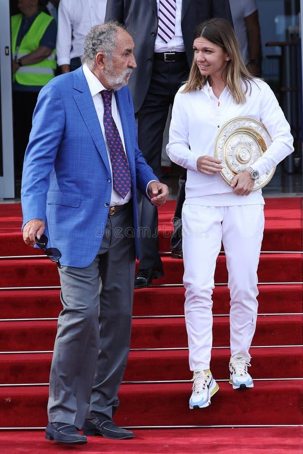 Ιονικό Tiriac και Simona Halep στοκ φωτογραφίες