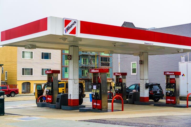 4 Ιουλίου 2019 Σαν Φρανσίσκο/ασβέστιο/ΗΠΑ - βενζινάδικο συμμαχίας  Η ενέργεια LLC συμμαχίας αποκτήθηκε από τους σφαιρικούς συνεργ στοκ εικόνες με δικαίωμα ελεύθερης χρήσης