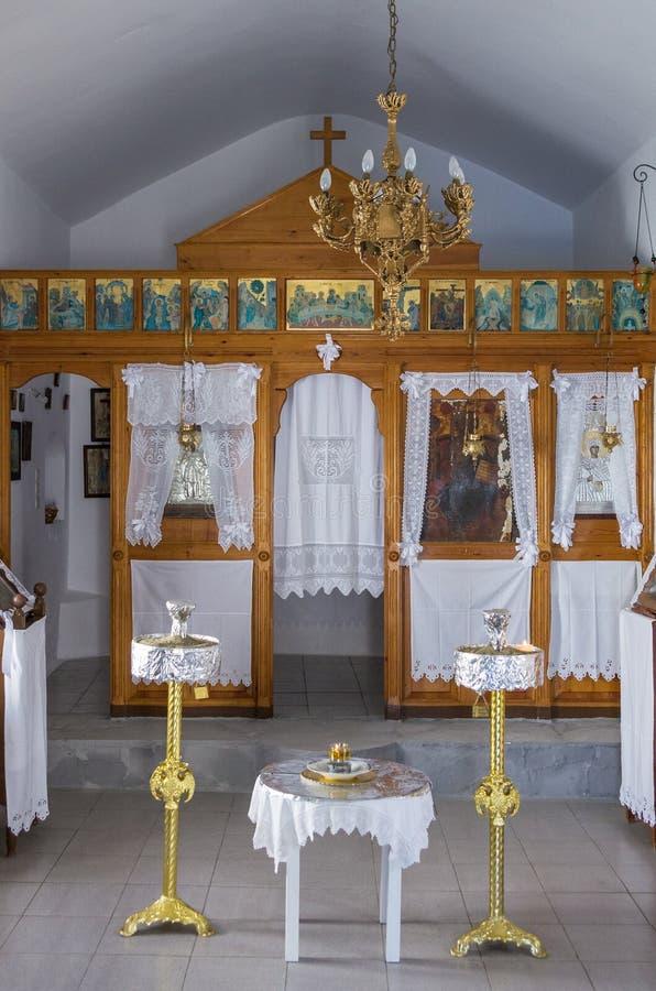 29 Ιουλίου 2016 - το εσωτερικό ενός μικρού παρεκκλησιού, στο νησί Kythnos, των Κυκλάδων, Ελλάδα στοκ εικόνες