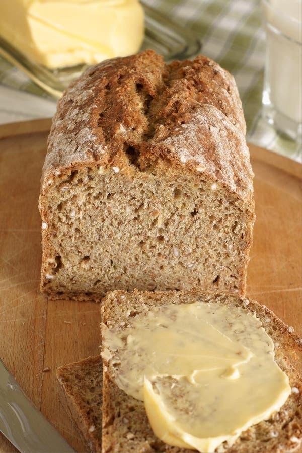 Ιρλανδικό σιταρένιο ψωμί στοκ εικόνες με δικαίωμα ελεύθερης χρήσης