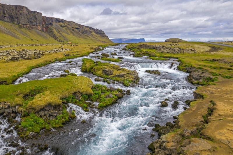 Ισλανδικός ποταμός στοκ φωτογραφίες