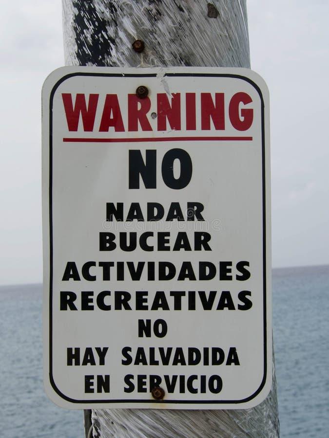 Ισπανικό προειδοποιητικό σημάδι στο ST Croix στοκ φωτογραφίες με δικαίωμα ελεύθερης χρήσης
