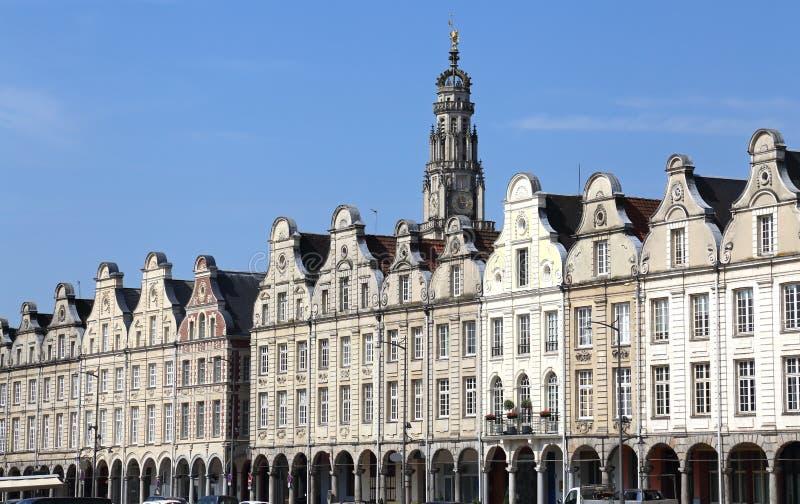 Ιστορικά αετώματα στη μεγάλη θέση σε Arras, Γαλλία στοκ φωτογραφία