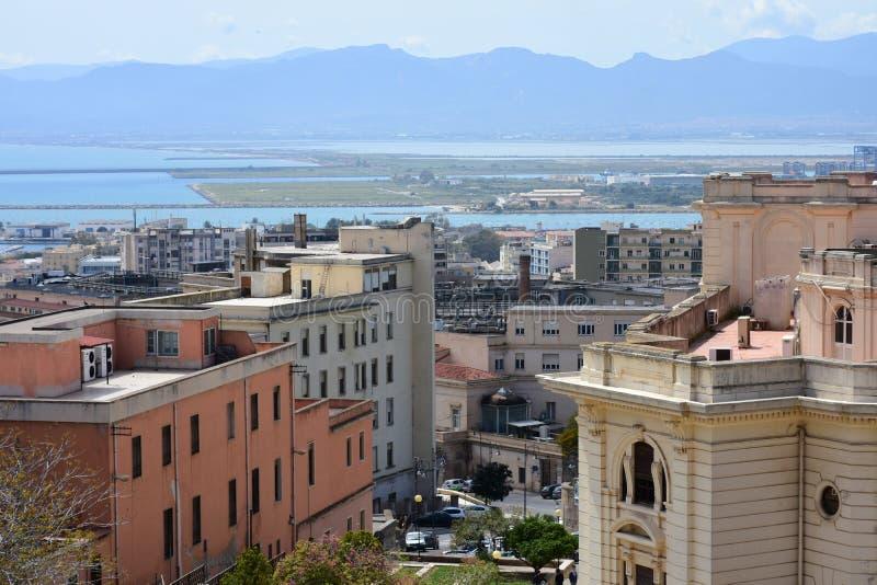 Ιστορικά κτήρια, μαρίνα Quartiere, Κάλιαρι, Σαρδηνία, Ιταλία στοκ φωτογραφία