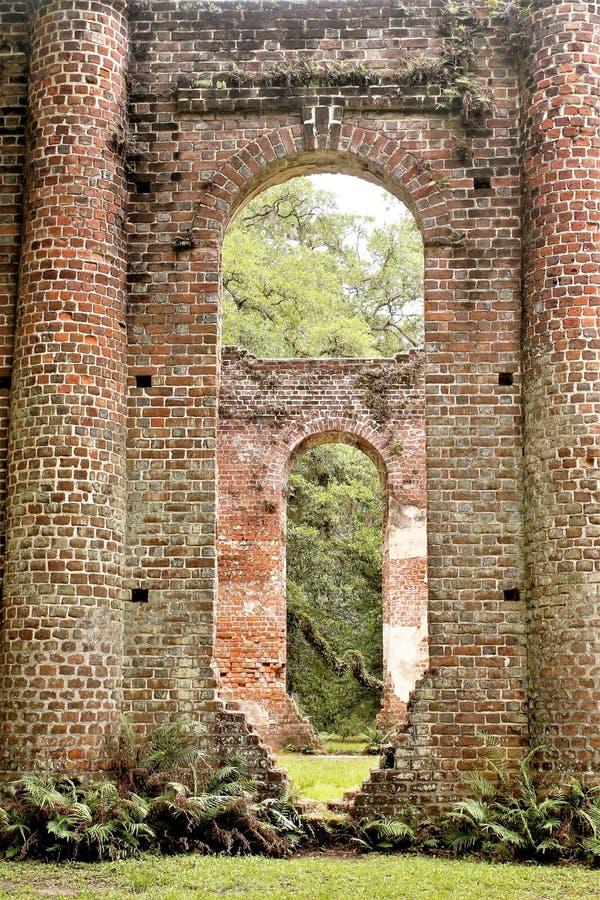 Ιστορικές καταστροφές εκκλησιών του Sheldon στο Τσάρλεστον, νότια Καρολίνα στοκ φωτογραφία με δικαίωμα ελεύθερης χρήσης