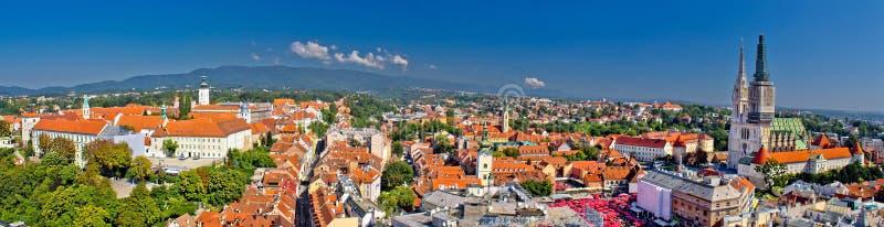 Ιστορική πόλη του Ζάγκρεμπ πανοραμική στοκ εικόνες με δικαίωμα ελεύθερης χρήσης