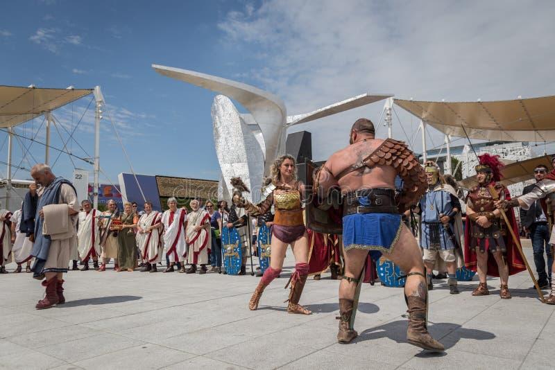 Ιστορική ρωμαϊκή ομάδα σε EXPO 2015 στο Μιλάνο, Ιταλία στοκ εικόνες